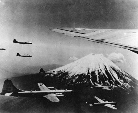 b-29fuji.jpg